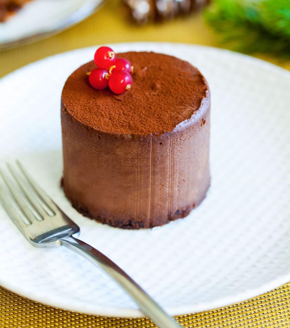 Čokoladna mono torta s figami