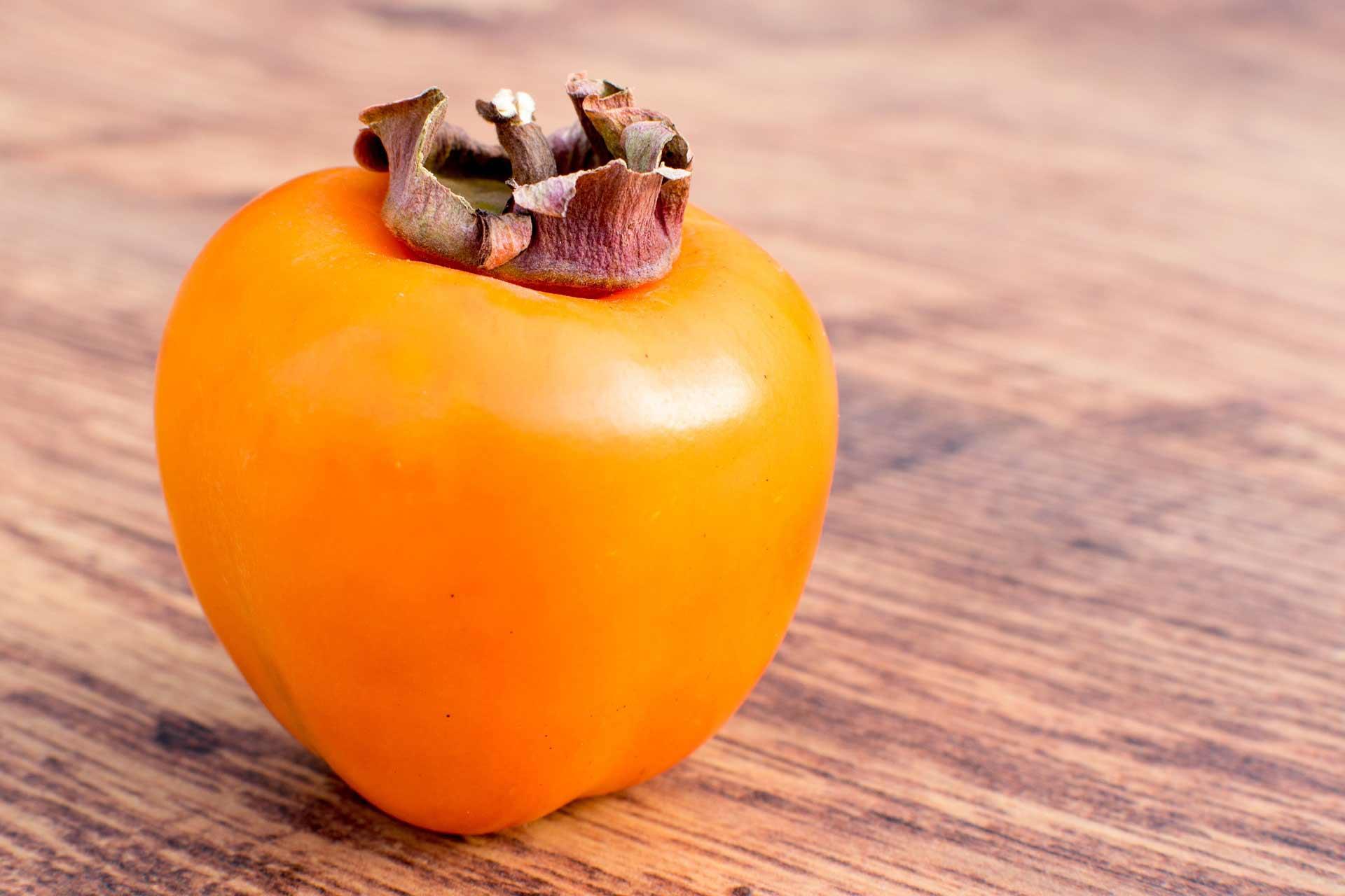 Kaki sadež jeseni